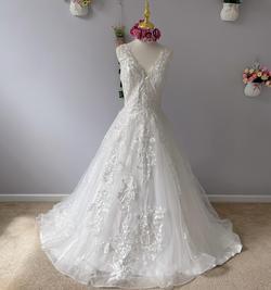 D&V White Size 8 Dandv V Neck A-line Dress on Queenly