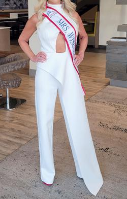 Jovani White Size 2 Flare Jumpsuit Dress on Queenly
