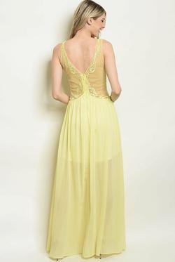 Yellow Size 00 Side slit Dress on Queenly