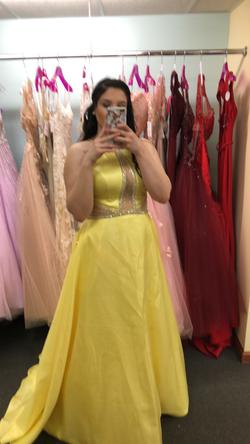 Yellow Size 14 Ball gown on Queenly