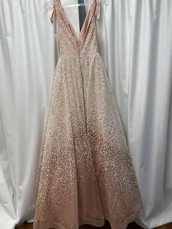 Gold Size 0 Ball gown on Queenly