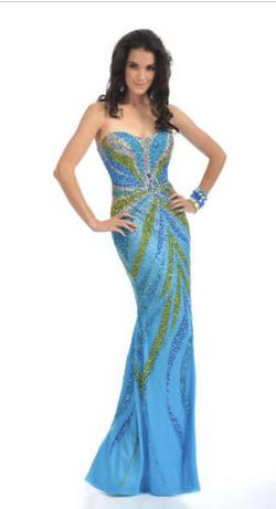 Party Time Formal Multicolor Size 6 Prom Sequin Straight Dress on Queenly