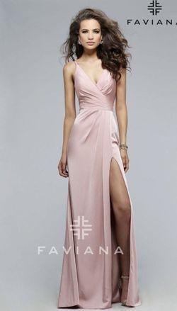 Faviana Pink Size 0 Bridesmaid Sorority Formal V Neck Side slit Dress on Queenly