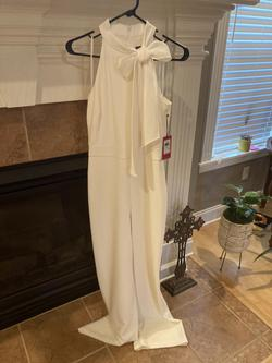 Vince Camuyo White Size 4 Flare Jumpsuit Dress on Queenly