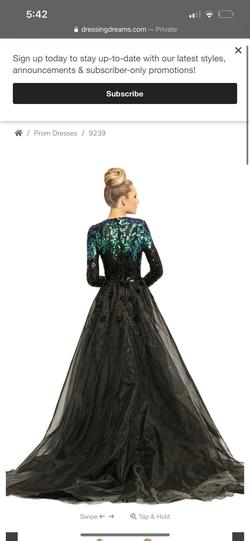 Jonathan Kaynr Green Size 8 Sleeves Lace Mermaid Sequin Ball gown on Queenly