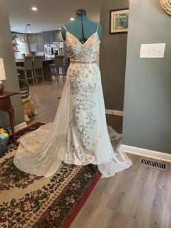 Johnathan Kayne White Size 6 Wedding Spaghetti Strap Train Dress on Queenly