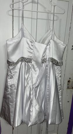 White Size 26 Cocktail Dress on Queenly