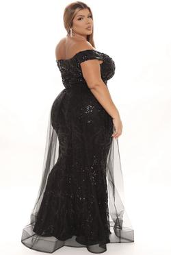 Black Size 18 Train Dress on Queenly