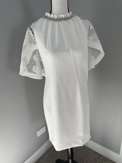 Europe style White Size 2 Lace Sheer Sequin Cocktail Dress on Queenly