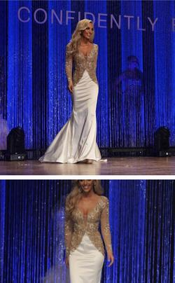 Sherri Hill White Size 4 Plunge Sheer Train Mermaid Dress on Queenly