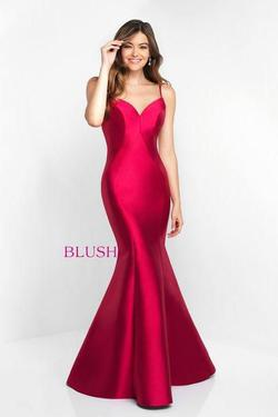 Style C1050 Blush Prom  Red Size 6 Mermaid Dress on Queenly