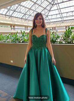 MacDuggle  Green Size 4 Emerald Spaghetti Strap Halter Ball gown on Queenly