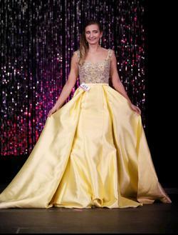 MacDuggal  Yellow Size 4 Cap Sleeve Train Dress on Queenly