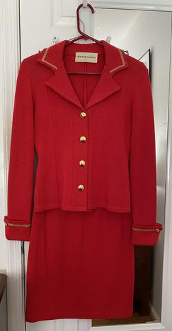 Jennifer Roberts Red Gold Mini V Neck A-line Dress on Queenly