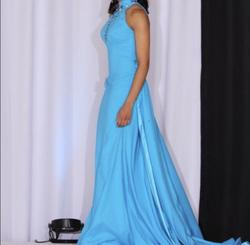 Blue Size 2 Train Dress on Queenly