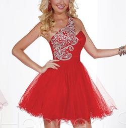 Style 27853 Hannah S Red Size 4 Mini Cocktail Dress on Queenly