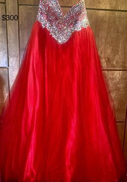 Red Size 12 Ball gown on Queenly