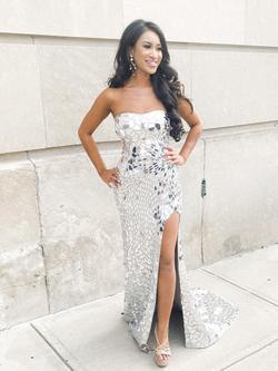Jovani White Size 2 Side slit Dress on Queenly