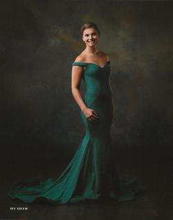 Style 28068 Lucci Lu Green Size 2 Emerald Train Ball gown on Queenly