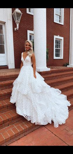 Style 5577 Morilee White Size 2 Homecoming Train Ball gown on Queenly