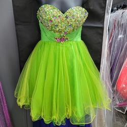 Style 4316 Alyce Green Size 2 Prom Sweetheart Cocktail Dress on Queenly