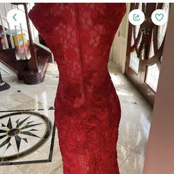 Jovani Red Size 2 Straight Dress on Queenly