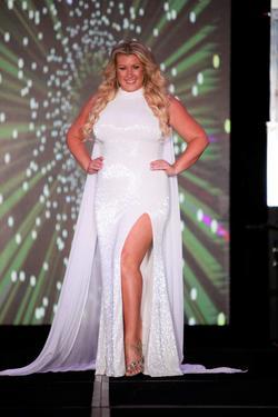 Ashley Lauren White Size 10 Straight Dress on Queenly