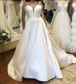 Allure Bridal White Size 14 Ball gown on Queenly