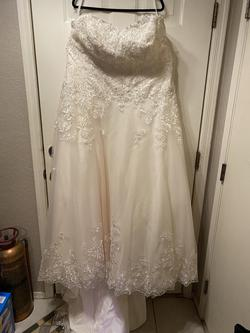 Jewel by Davids Bridal White Size 22 Ball gown on Queenly