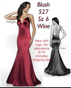 Blush Red Size 6 Straight Dress on Queenly