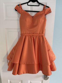 Larissa Couture Orange Size 0 Cocktail Dress on Queenly