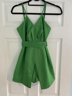 Green Size 0 Jumpsuit Dress on Queenly