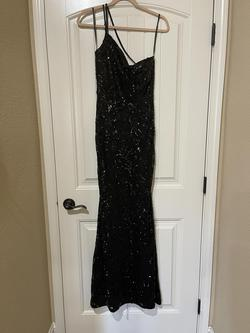 Windsor Black Size 4 Jewelled Sequin Straight Dress on Queenly