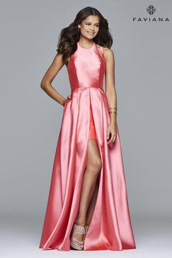 Faviana Pink Size 2 Ball gown on Queenly