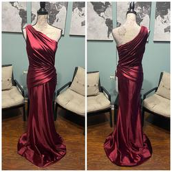 Portia & Scarlett Red Size 2 Pageant Wedding Guest One Shoulder Mermaid Dress on Queenly