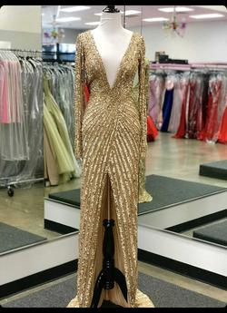Sherri Hill Gold Size 6 Straight Dress on Queenly
