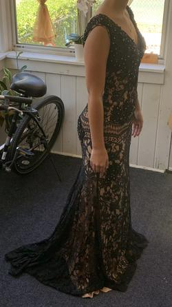 Jovani Black Size 2 Lace Prom A-line Dress on Queenly