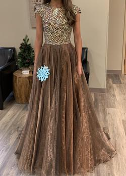 Sherri Hill Gold Size 0 Ball gown on Queenly