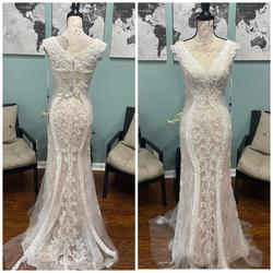 Jovani White Size 0 Lace Ivory Mermaid Dress on Queenly