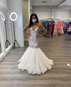 Sherri Hill White Size 4 Mermaid Dress on Queenly