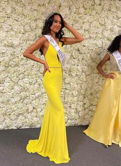 Vienna Yellow Size 0 Pageant A-line Dress on Queenly