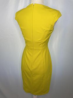 Karen Millen Yellow Size 6 Jersey Cocktail Dress on Queenly