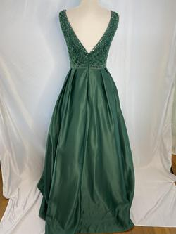 May Queen Green Size 8 Ball gown on Queenly