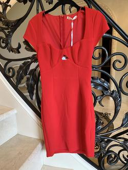 Here Comes The Sun Red Size 2 Cocktail Dress on Queenly