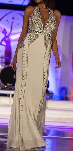Jovani White Size 00 Halter Silver Jersey Straight Dress on Queenly