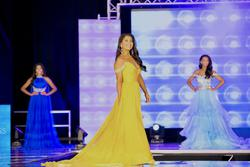 Jovani Yellow Size 4 Straight Dress on Queenly